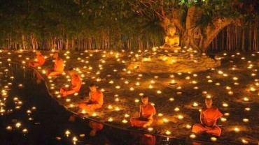 Remembering the Buddha on Vesak Day - Meditation Thailand